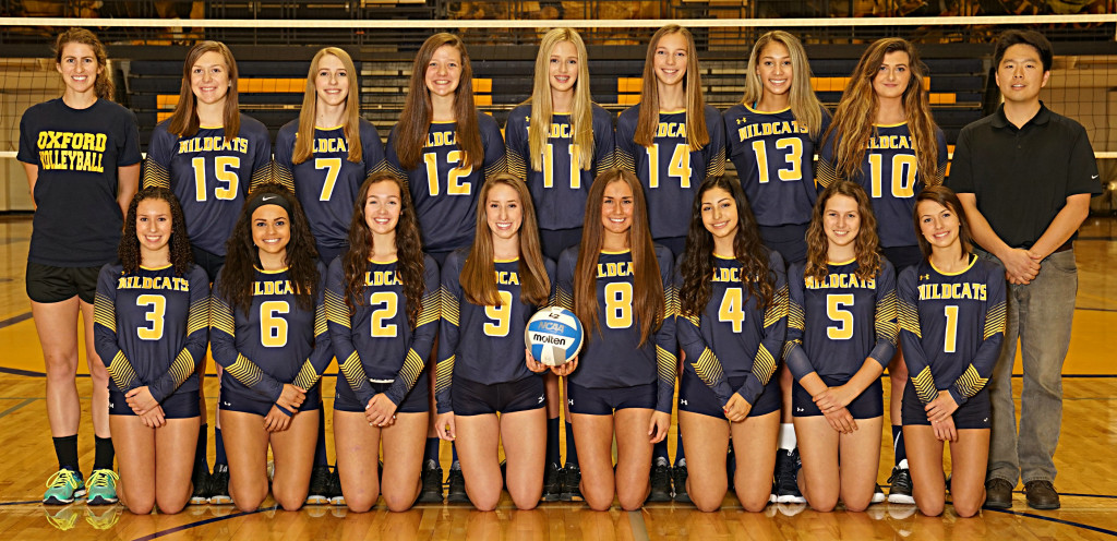 Back row (from left): Anna Peruski #15 (RS/MH), Anna Trbovich #7 (RS), Catherine Dobies #12 (RS/MH), Emma LaBarge #11 (OH/MH/RS), Sydney Richter #14 (OH/RS), Alexia Kingham #13 (MH), and Elle Wright #10 (MH). Front row (from left): Danielle Deryckere #3 (DS), Devon Bonner #6 (DS), Rachel Gubesch #2 (S), Maddy Weiss #9 (OH), Kalli Mulholland #8 (S), Anna Ibarra #4 (DS/OH/S), Mckenzie Miller #5 (DS), and Alyssa Detone #1 (DS). Photo by Matt Johnson.