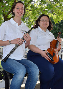 OHS students Selina Langfeldt (left) and Caterina DiCosmo are playing in Europe this summer. Photo by Elise Shire.