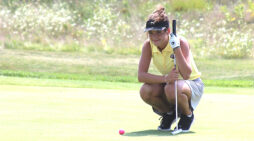 Girls' golf posts back-to-back top-10