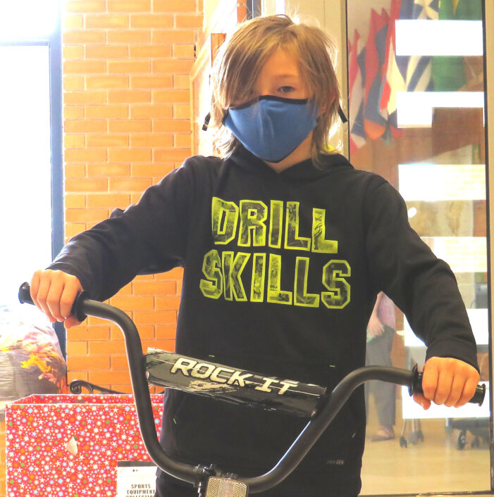 Students win bicycles for reading
