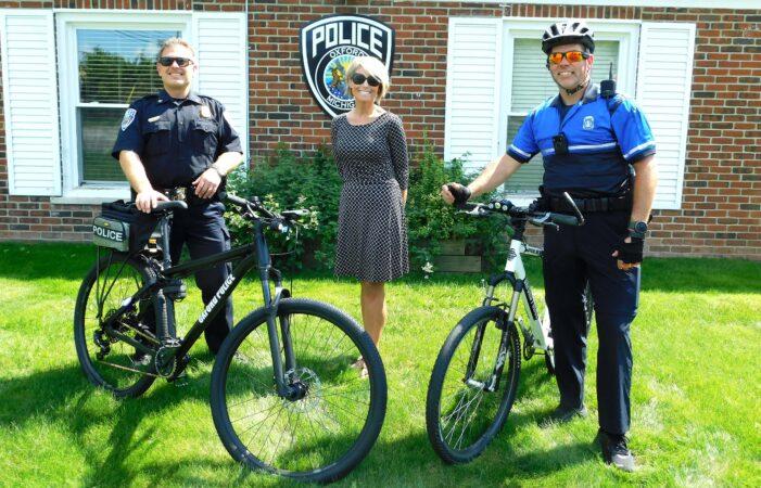 DDA gifts bike to Oxford Police