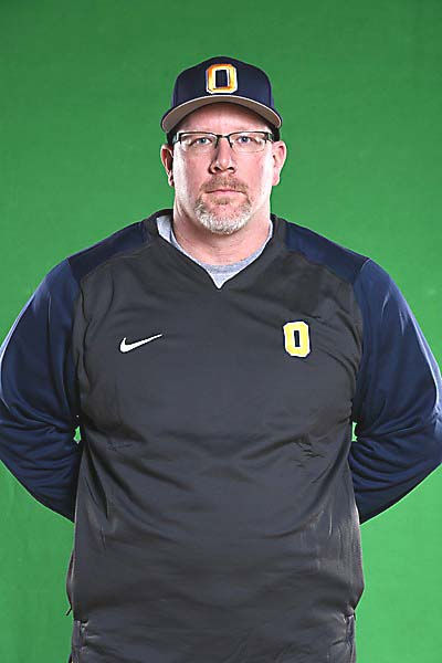 Oxford coach joins softball Hall of Fame